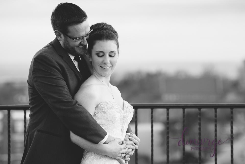 oread wedding bride and groom portrait