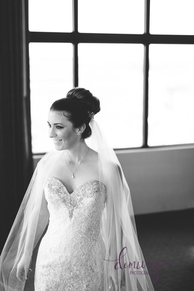 bridal portrait oread hotel