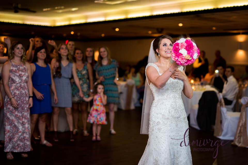 Bouquet Toss in Kansas
