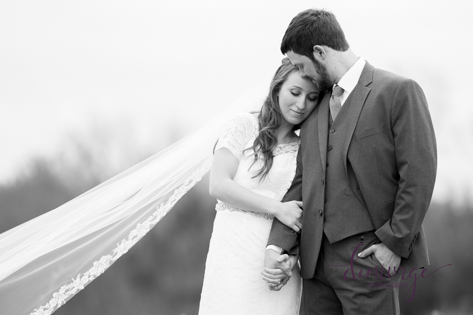must have bride and groom photo