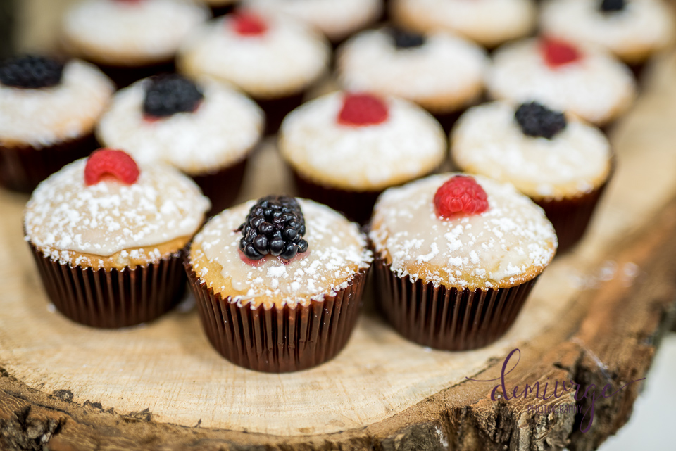 fruit cupcakes for wedding