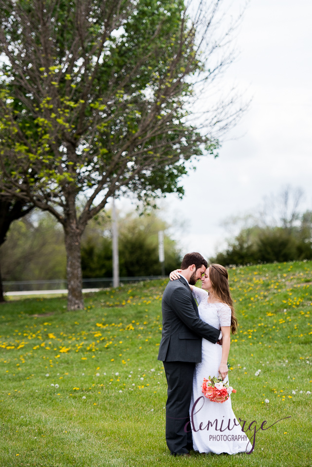 outdoor bride and groom portrait, emporia kansas
