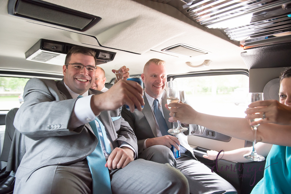 stretch hummer wedding