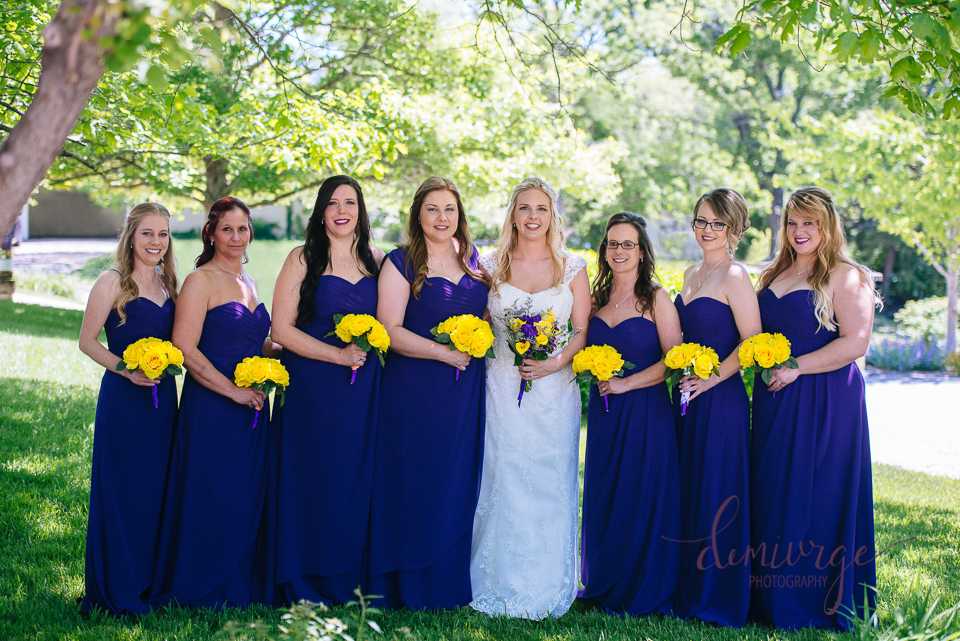 bride with all bridesmaids