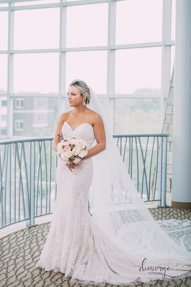 flint hills discovery center wedding bridal portrait