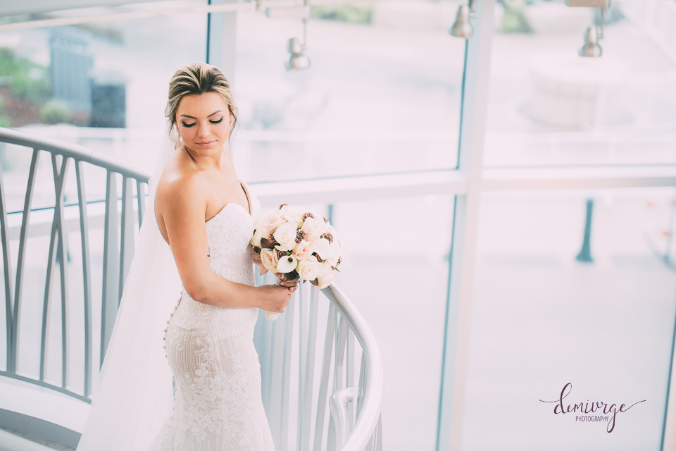 bridal portrait flint hills discovery center wedding