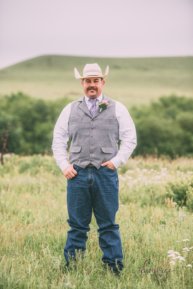 hannagan ranch groom portrait