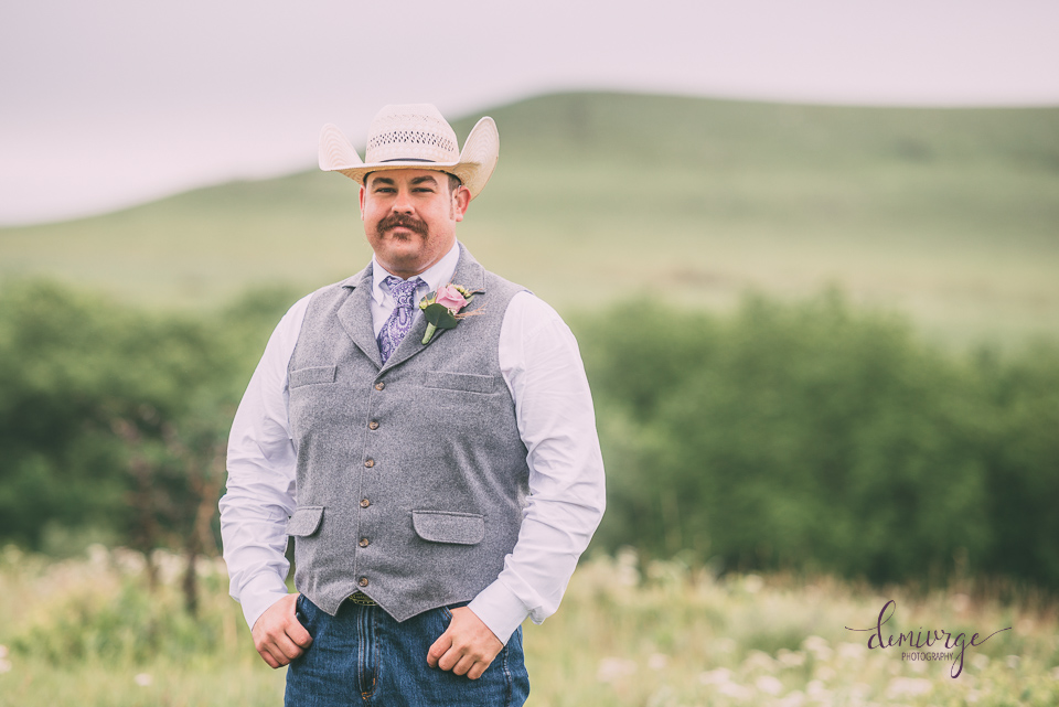 groom portrait on ranch