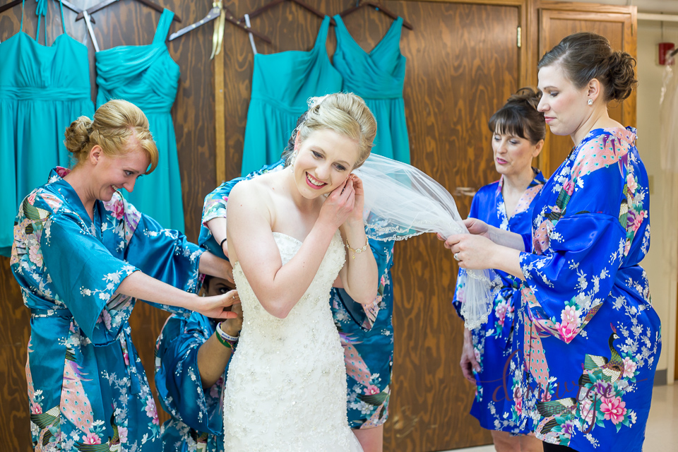 bridal party getting ready saints peter and paul catholic church