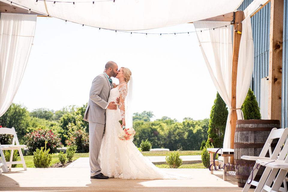 oskaloosa, ks wedding photographer