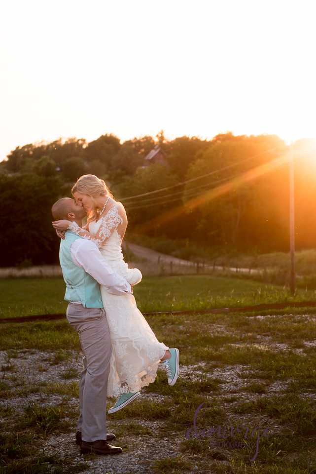 best wedding photo bride and groom portrait sunset chrisman manor