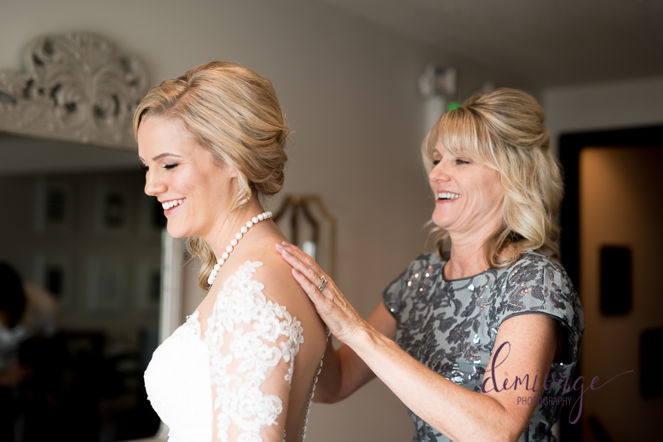 mom and daughter wedding day getting ready